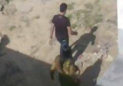 مخفی کردن عکس های متحرک کس دوربین در ساحل. سگ کوچولو سکسی. جاسوس
